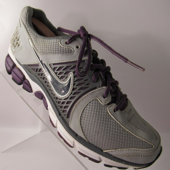 newest c6372 2f39a Nike Zoom Vomero 6 Sz 9 Gray Sport Shoes For Women.  M 5bf81fb8c61777c8c36a51ff